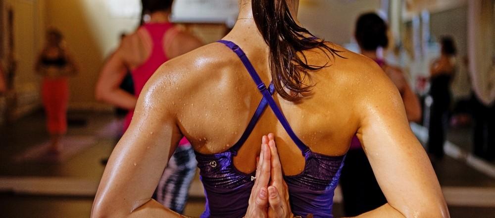 что такое горячая йога