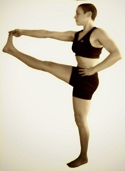 Уттхита Хаста Падагуштхасана 1 -позы Хатха йоги