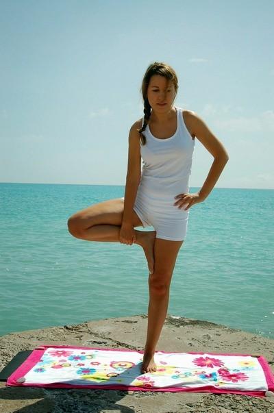 Врикшасана - позы Хатха йоги