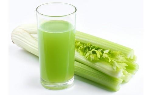 Прием сока из сельдерея при лечении подагры