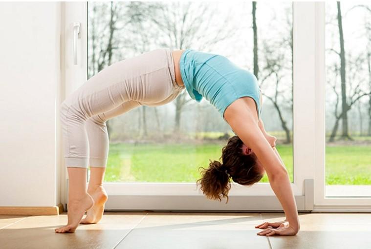 Помогает ли йога забеременеть