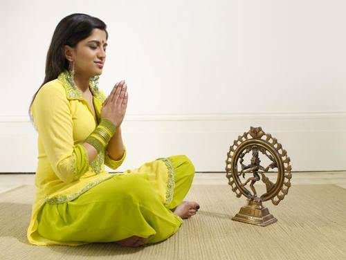 Что такое бхакти йога?