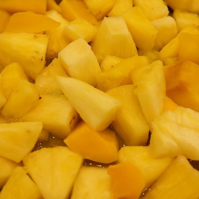 Салаты для веганов с ананасом