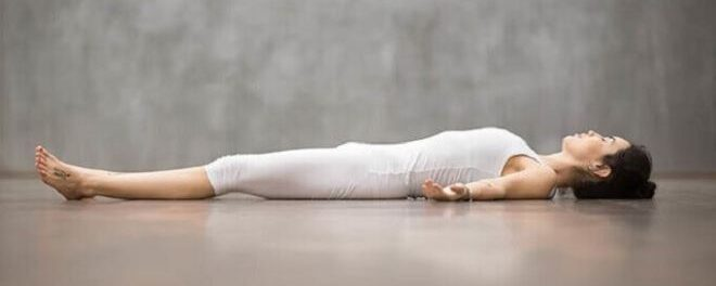 Боремся с осенним упадком сил с помощью йоги